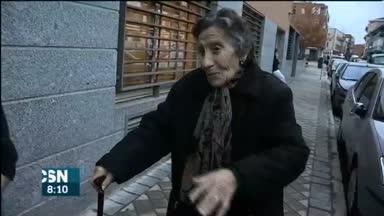Solidaridad con anciana desahuciada