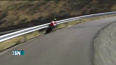 Contador es l�der, Quintana se cae
