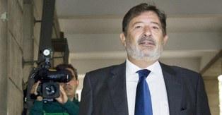 El exdirector general de Trabajo de la Junta de Andaluc�a, Francisco Javier Guerrero, a su llegada hoy a los juzgados de Sevilla