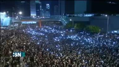 Siguen protestas en Hong Kong