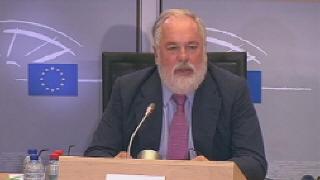Examen europeo a Arias Ca�ete