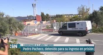 Pedro Pacheco entra en la c�rcel