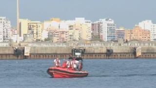 Llegan 30 inmigrantes a Almer�a