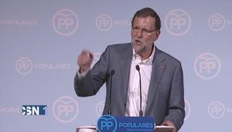 Rajoy pide no confiar en amateurs el 20D