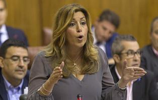 Susana D�az en el Pleno del Parlamento
