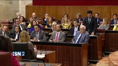 Agrio debate en el Parlamento