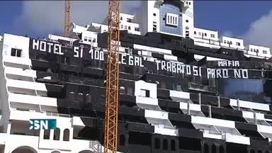 La Junta ejercita el retracto sobre El Algarrobico