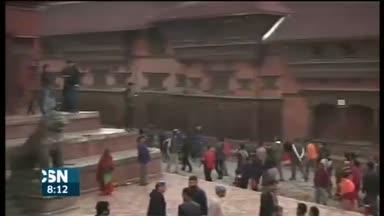 Nepal pide ayuda urgente