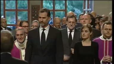 Funeral en Barcelona por v�ctimas de loa Alpes
