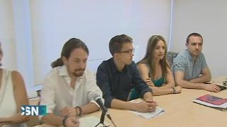 Firmas contra la primarias de Podemos