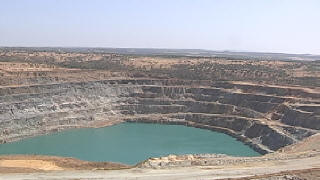 Preocupaci�n en Aznalc�llar por la mina