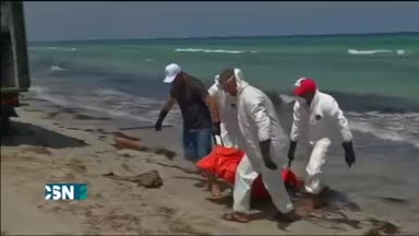 Llegan cad�veres a las playas libias