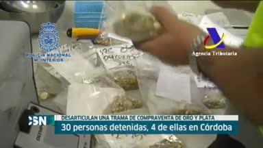 30 detenidos en una trama de fraude de oro