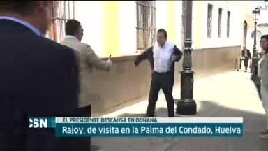 Rajoy se refiere al paro y al 27-S