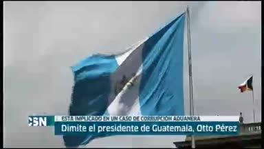 Dimite el presidente de Guatemala