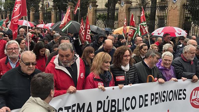 Jubilados y pensionistas vuelven a salir a la calle al grito de `pensiones dignas`